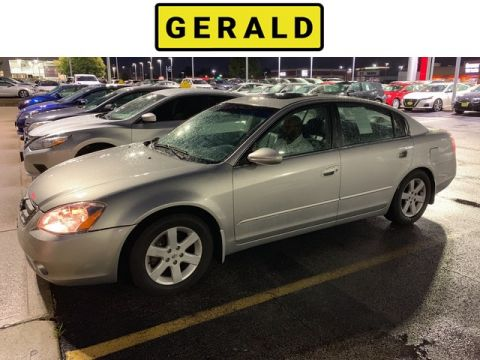 Pre-Owned 2003 Nissan Altima